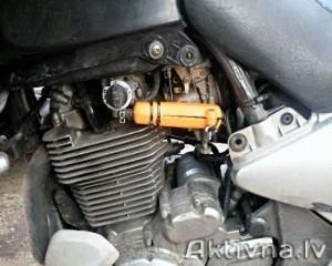 Samazinam degvielas patēriņš suzuki xf 650 motocikls